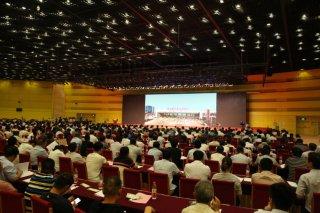 心连心董事长刘兴旭在河南纪念环境日绿色发展大会作典型发言