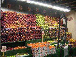 水果,在中国当农产品卖,在日本却当奢